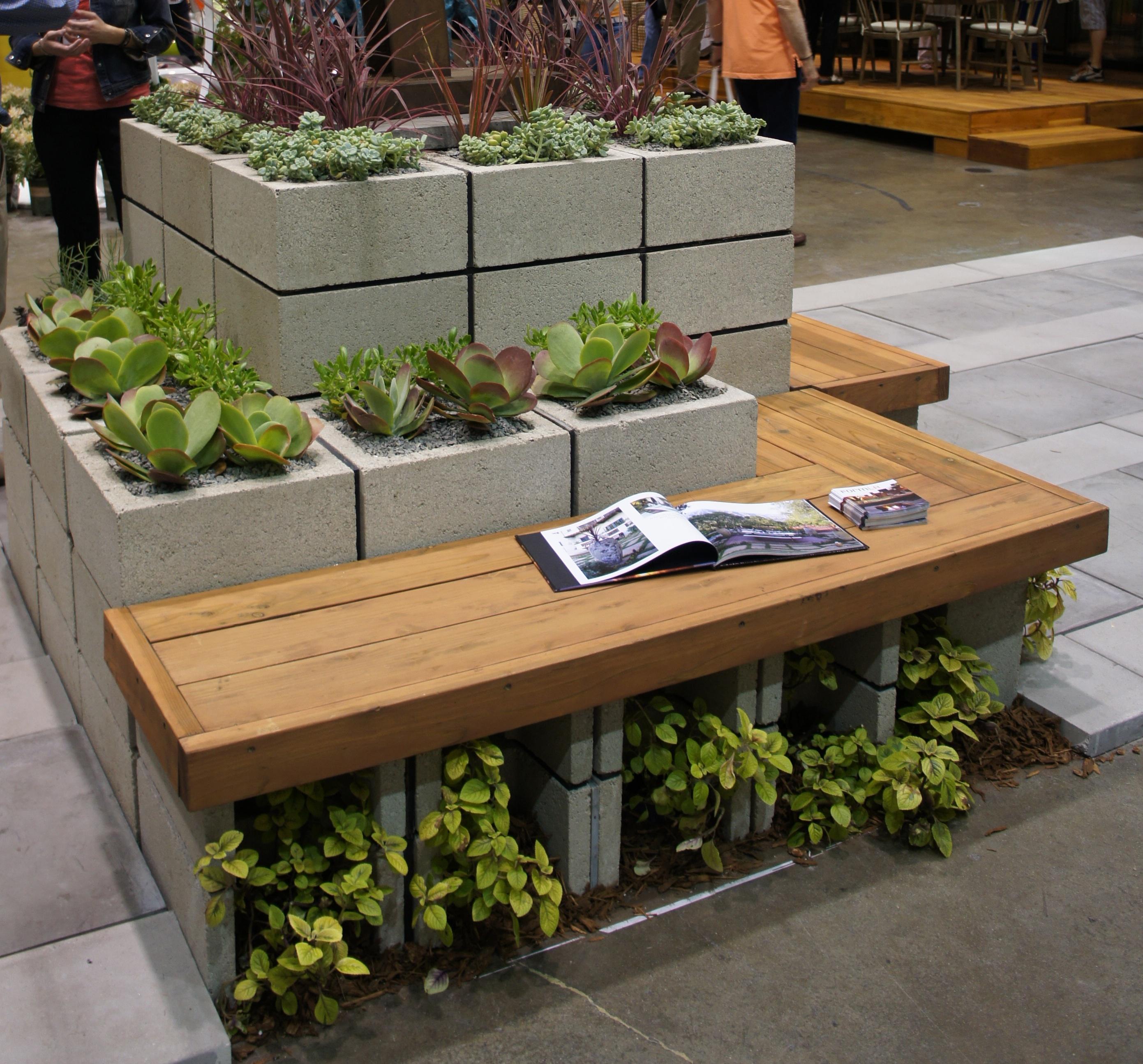 jardim vertical neorex : jardim vertical neorex:Cinder Block Garden Bench
